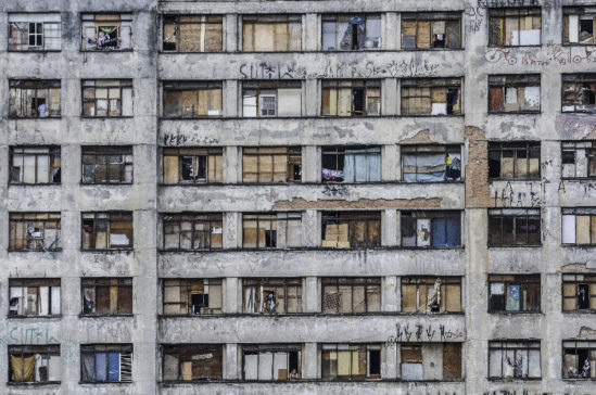 Building_facade_of_So_Paulo_city_downtown_small