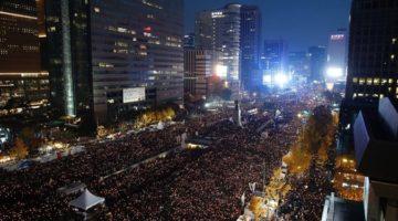 박근혜 대통령 퇴진 요구, 서울 도심에 울려퍼지다