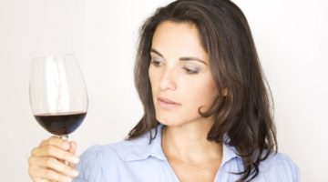 엉터리 과학에 기대고 있는 '와인 감정'