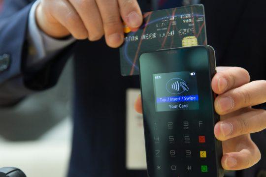 credit-card-1730085_1920