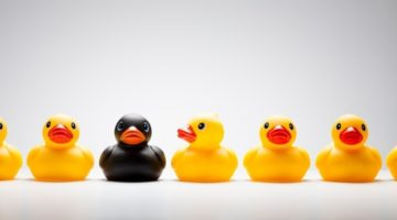 심리학으로 풀어보는 '외부인을 향한 두려움'