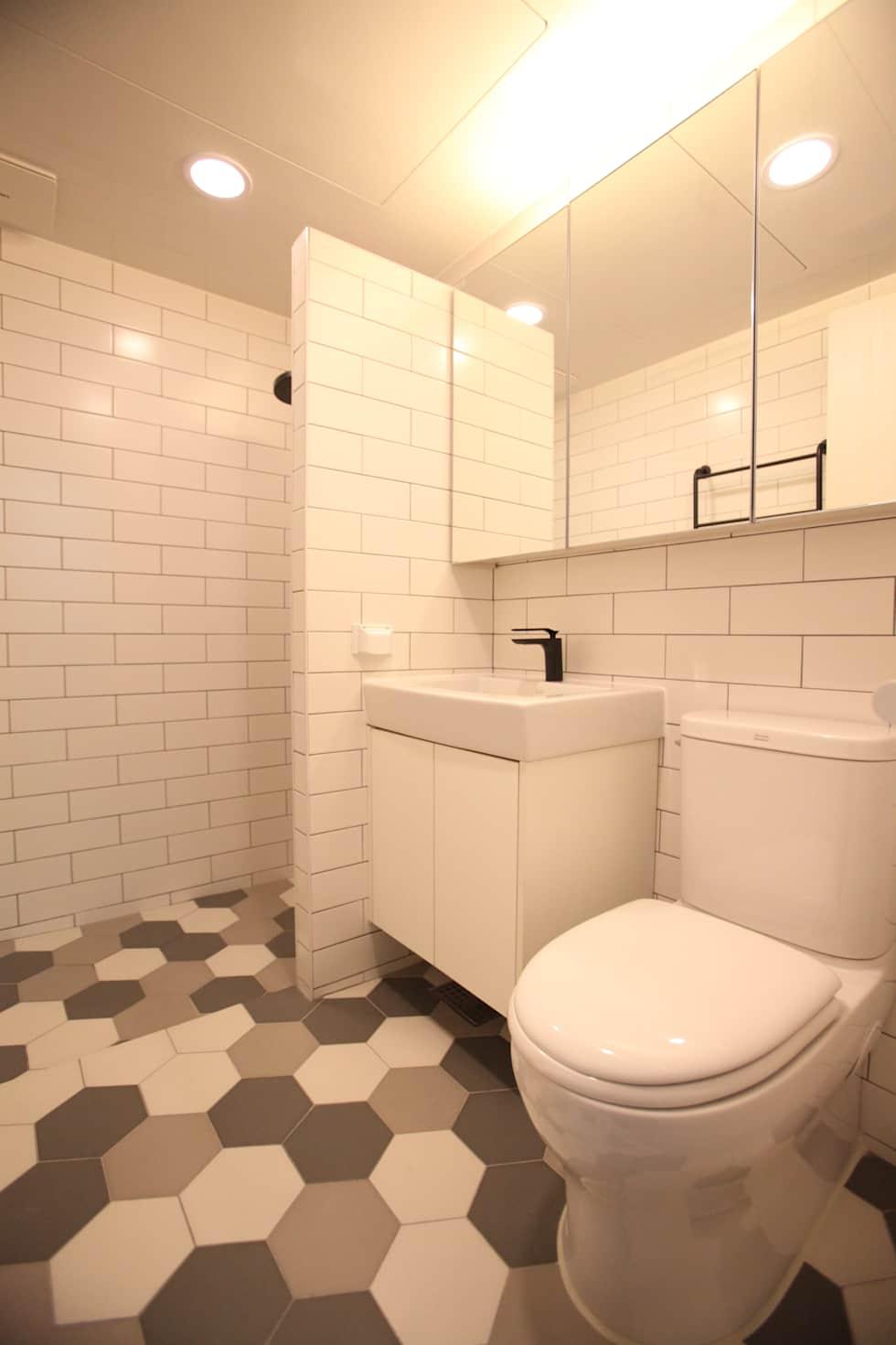 이촌동 강촌 아파트 : dall & style의 화장실