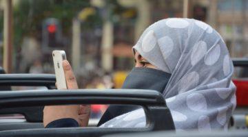 유럽의 무슬림들이 한 목소리로 테러를 규탄하지 않는 이유