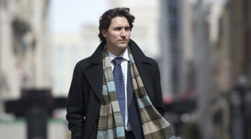 캐나다 초미남 총리가 강추한 단 한 권의 정치교양서!