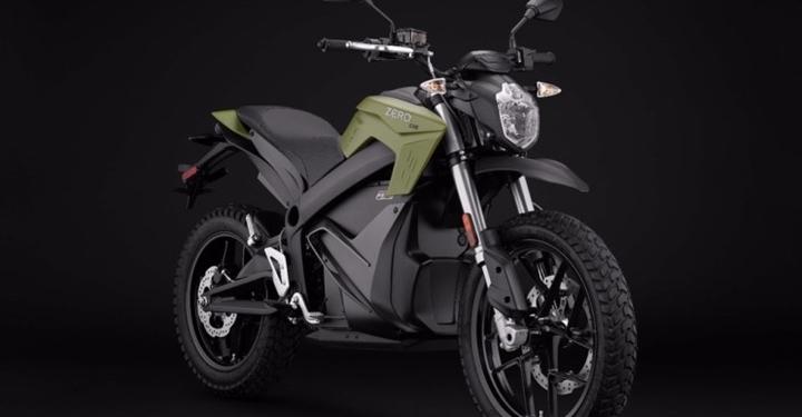 한 번 충전으로 최대 359km 주행이 가능한 전기 오토바이