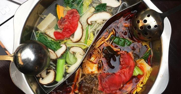 펄펄 끓는 홍탕백탕! 이국적인 훠궈 맛집 5곳