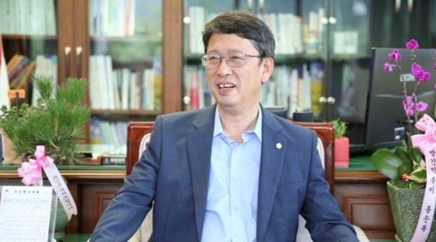 '대리전' 양상의 시흥시장 선거, '대리인' 아닌 '대안'이 되다: 시흥시장 후보 김영철 인터뷰