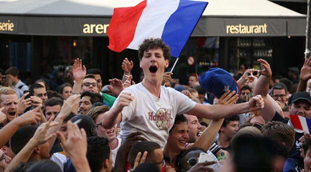 프랑스 축구 대표팀의 영광, 신세대에는 무슨 의미일까?