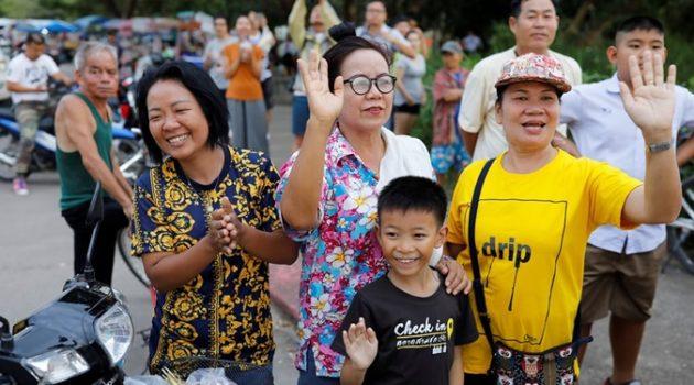 태국 동굴소년 전원 구조되다: 모든 이가 영웅이었음을
