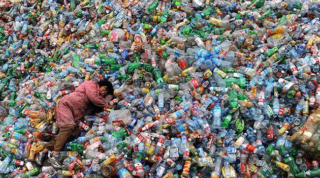 '플라스틱 코리아'가 덮쳐온다