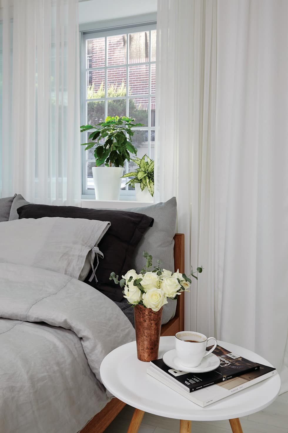 연남동 집 복층 빌라 인테리어: 노르딕앤의 침실