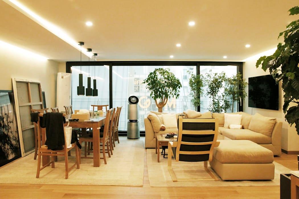 강남구 청담동 펜트하우스 내추럴 인테리어: 그리다집의 거실