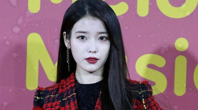 지난 10년 동안 한국 대중음악 시장을 지배한 가수는?