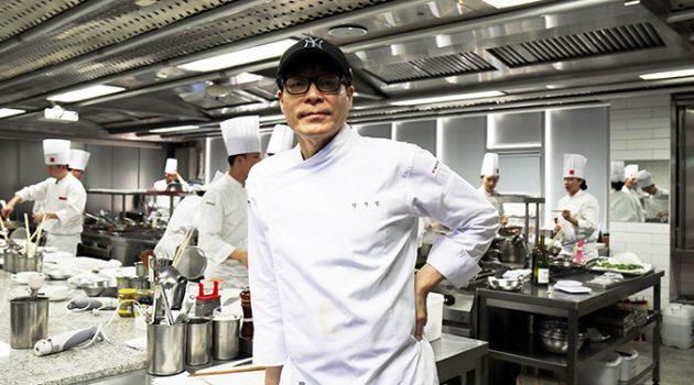요리사가 행복한 세상은 오지 않습니다: '글 쓰는 요리사' 박찬일 셰프 인터뷰