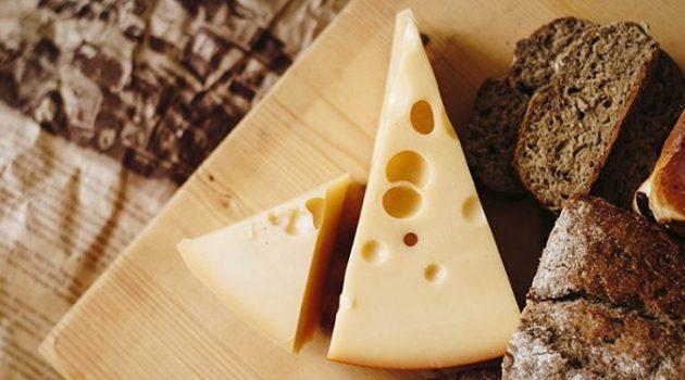치즈가 소금의 혈압 상승효과를 완화한다?