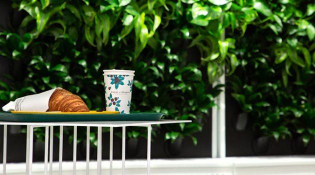 커피는 마시고 싶은데 밖에 나가기 춥다면, 지하철역 내부 카페 4
