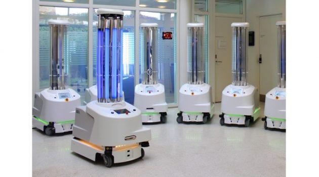 코로나 바이러스를 소독하는 자율 로봇
