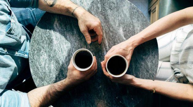 친한 동료 관계에서 생기는 세 가지 위기