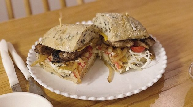 양상추 없는 샌드위치: 단단해도 달달하게 즐기자