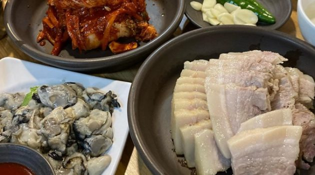 야들한 고기와 김치의 케미, 인생 수육 맛집 5곳