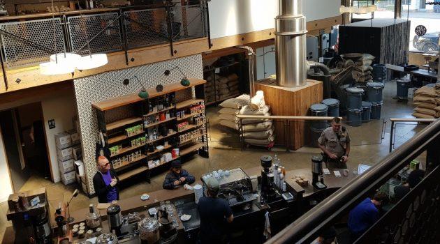 [커피 따라 세계일주] 로스팅 공장이자 카페가 되다, 샌프란시스코 사이트글래스