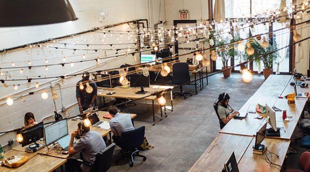 새로운 회사와 '협업'하고 싶은 당신, 공유오피스의 핫데스크를 이용해야 하는 이유