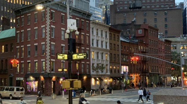 관광객들은 모르는 뉴욕의 명물, 기이한 아파트